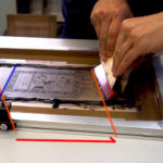 【シルク印刷】スキージをすこし斜めに平行移動するといいかも♪【Tips】